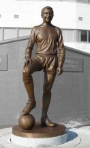 JIMMY ARMFIELD: Bronze public statue - Blackpool Football Club